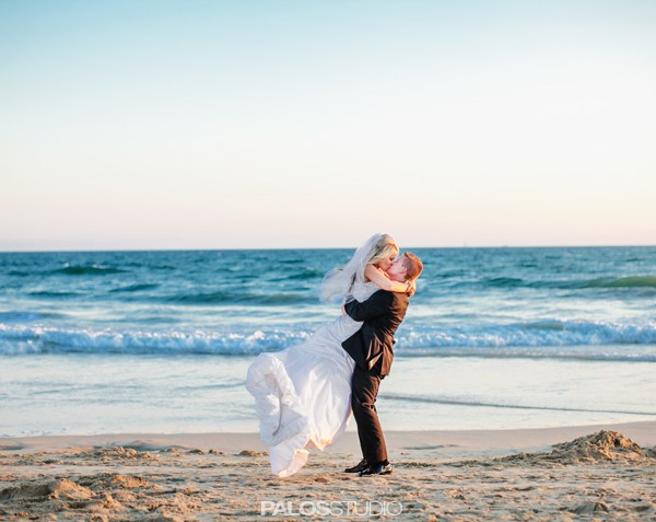 Huntington Beach Waterfront Hilton Wedding | Kristen & Logan