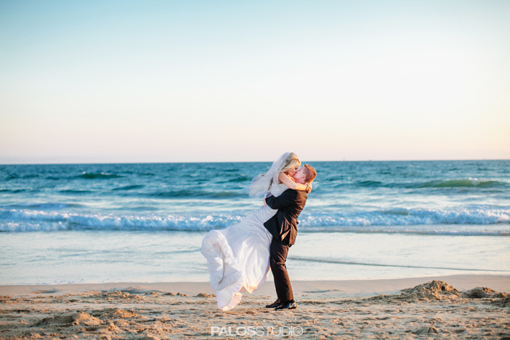 hunting-beach-waterfront-hilton-wedding-1