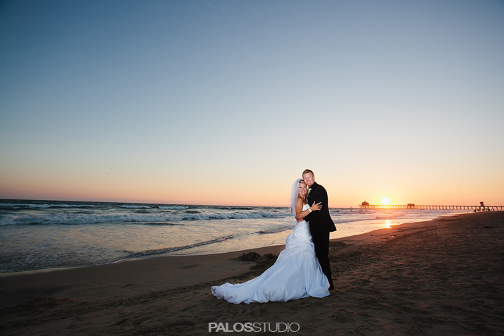 hunting-beach-waterfront-hilton-wedding-23